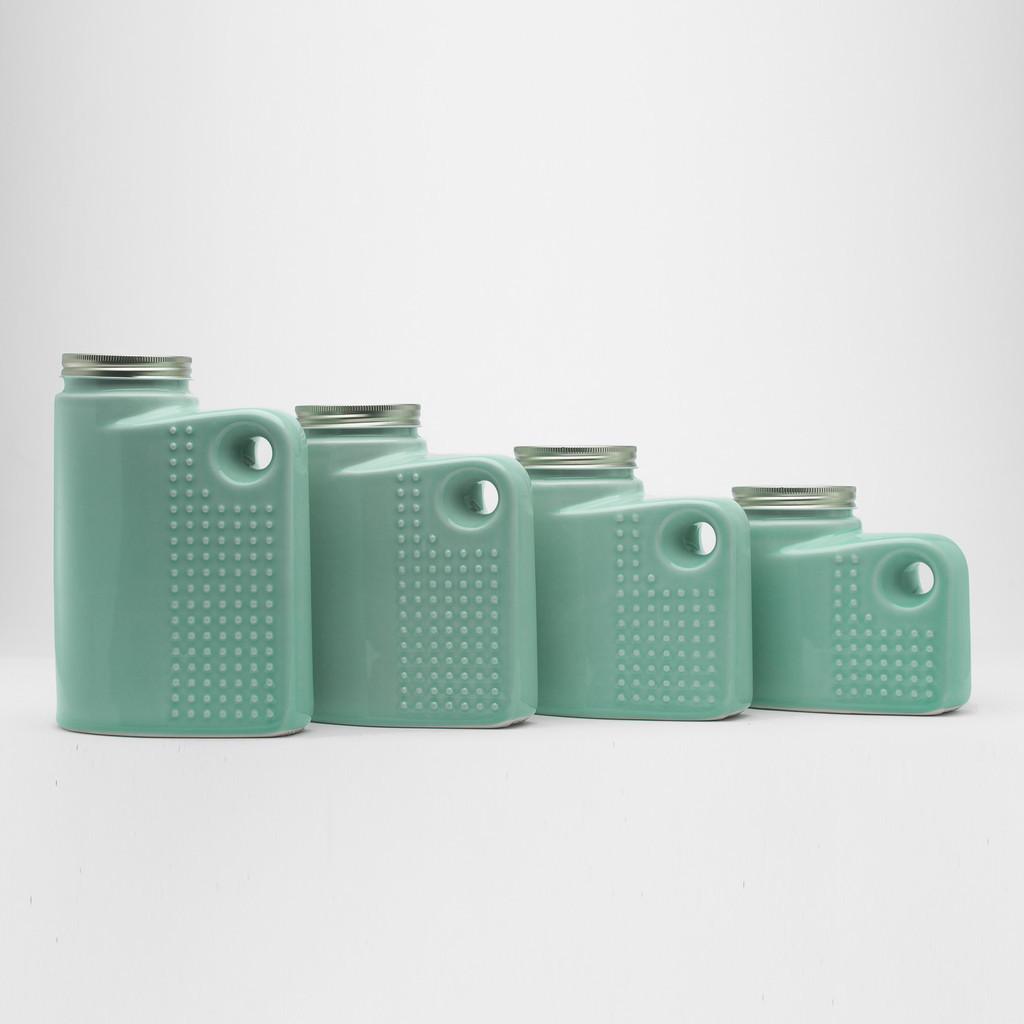 138393308117 – keptgoods jars