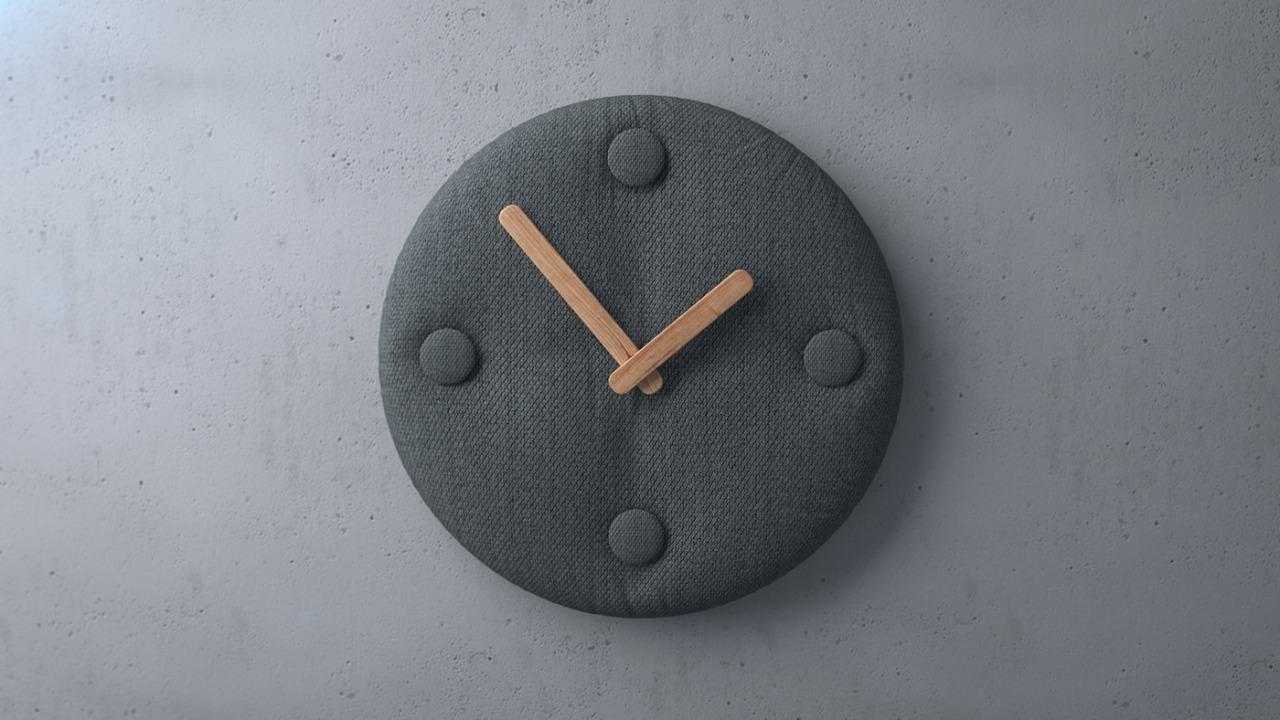 153026091576 – b clock