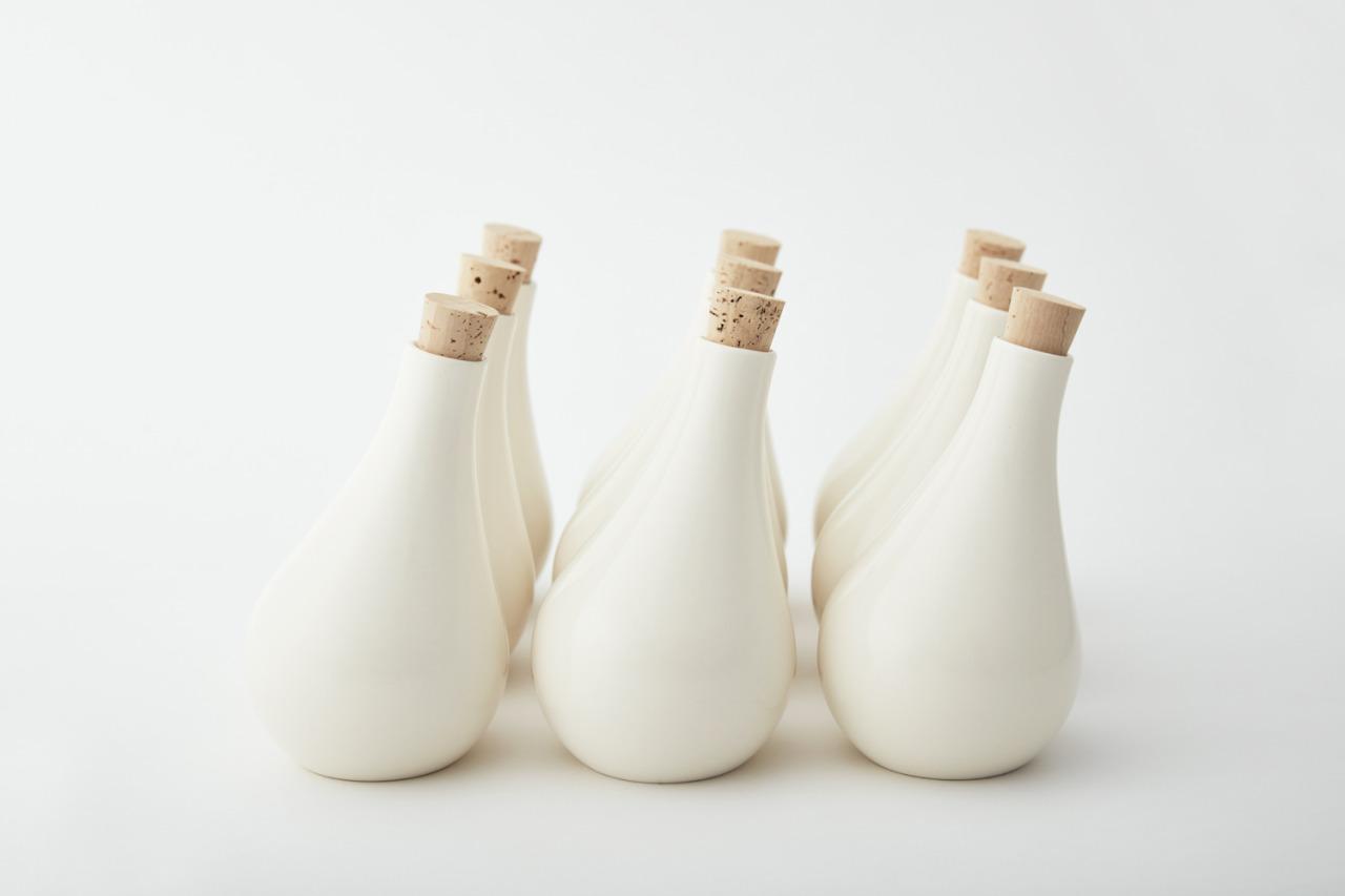 143152022018 – takeovertime olive oil bottle mikiya_1